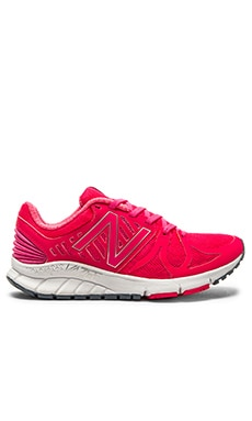 New Balance Vazee Rush Performance Sneaker in Pink & White