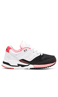 New Balance 90's Running Bionic Boom Sneaker in Black & White & Dragonfly
