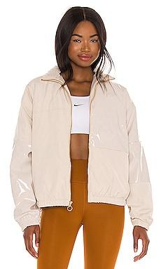 Icon Clash Synthetic Fill Jacket Nike $98