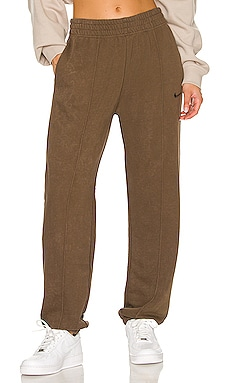 NSW Essential Fleece Bottom Nike $70