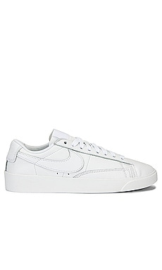 SNEAKERS BLAZER LOW LE Nike $75