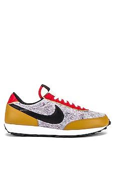 Daybreak Sneaker Nike $120