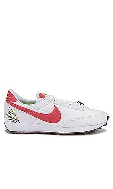 Day Break Sneaker Nike $100