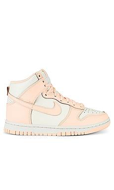 Dunk High Sneaker Nike $110