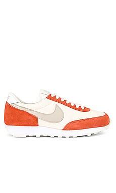 Daybreak Sneaker Nike $90