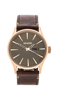 Nixon The Sentry Leather in Rose Gold & Brown