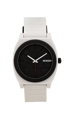 Nixon x Star Wars Stormtrooper Time Teller P in Stormtrooper White