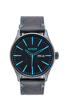 Nixon The Sentry Leather in All Dark Blue