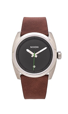 Nixon The Kingpin Leather in Silver & Brown
