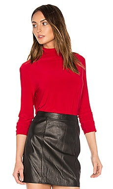 Long Sleeve Turtleneck in Red