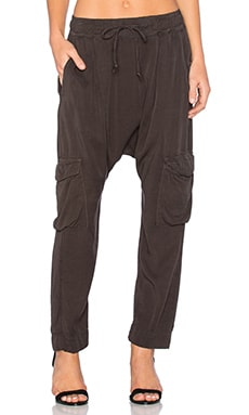 Doe Pant in OD Green