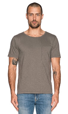 Nudie Jeans Pocket Tee Slub Org. Front Seam in Grey