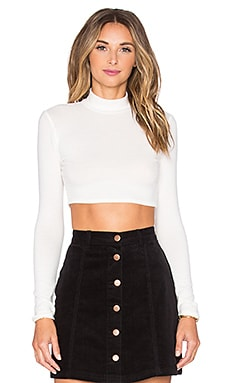 NYTT Nora Turtleneck Crop Top in White