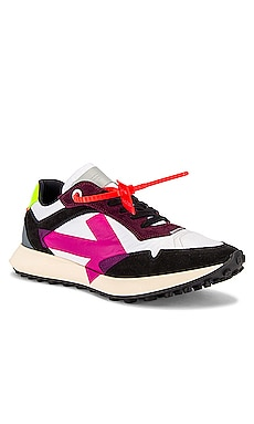 Arrow Sneakers OFF-WHITE $494