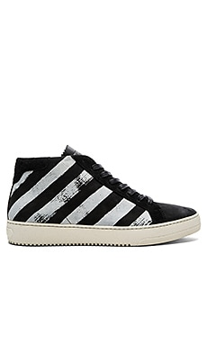 OFF-WHITE Brushed Diagonals Sneaker in Black & White