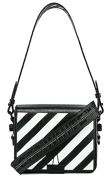 BOLSO CON SOLAPA DIAGONAL OFF-WHITE $1,265
