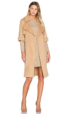 Short Sleeve Flap Coat in Ginger