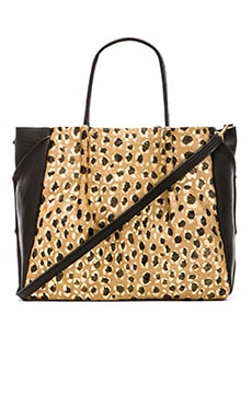 Oliveve Zoe Tote in Gold Leopard