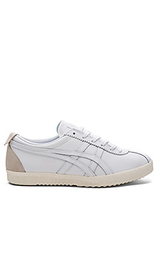 Onitsuka Tiger Mexico Delegation in White & White
