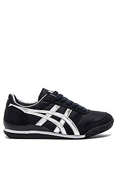 Onitsuka Tiger Ultimate 81 in Black Silver