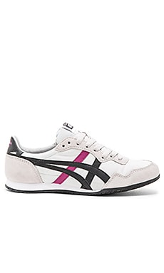 Onitsuka Tiger Serrano Sneaker in Light Grey & Black
