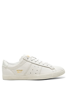 Onitsuka Tiger Platinum Lawnship in White White