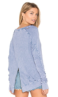 Destroyed Annie Hi Lo Sweatshirt in Surf Blue