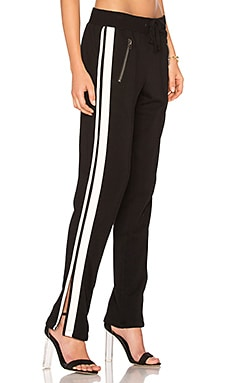 Zippered Pant With Side Stripes in Schwarz