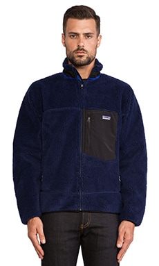 Patagonia Classic Retro-X Jacket in Classic Navy & Black