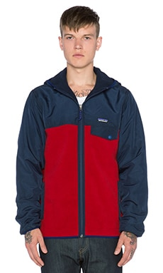 Patagonia Shelled Synchilla Snap-T Hoody in Classic Red & Navy Blue