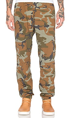 Patagonia Baggies Pant in Forest Camo Hickory