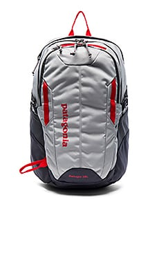 Patagonia Refugio Pack 28L in Drifter Grey