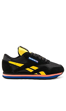 x Reebok Loaded Base Trainer in Schwarz