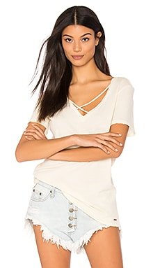 Robbie V Neck Tee in White Magic