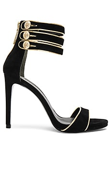 Strappy Heel in Black
