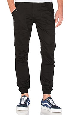 Publish Jairo Jogger in Black
