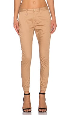 Publish Hanna Jogger in Tan