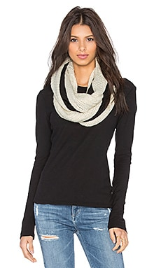 Plush Fleece Lined XO Cable Infinity Scarf in Oatmeal