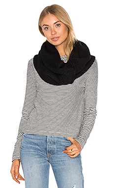 Fleece Lined Chunky Knit Scarf in Black