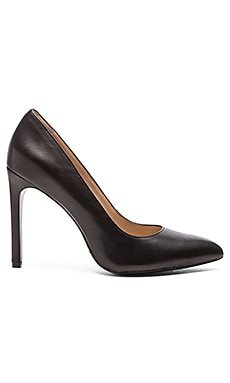 Pour La Victoire Zoie Heel in Black