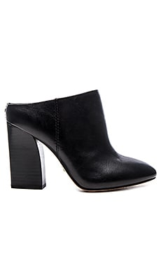 Pour La Victoire Eda Mule in Black Leather