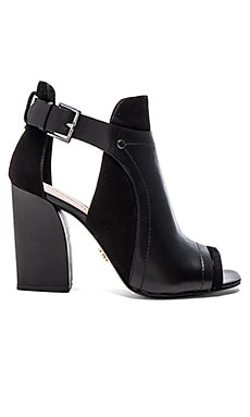Pour La Victoire Faze Heel in Black Leather & Suede