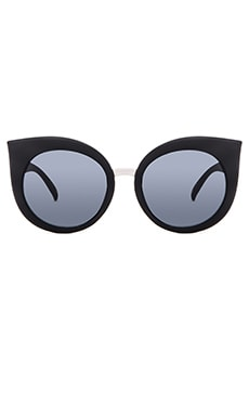 Quay Dream Of Me Sunglasses in Black