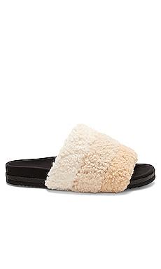 Fuzzy Puff Slide R0AM $137 NEW