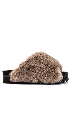 Cloud Faux Fur Slipper R0AM $130