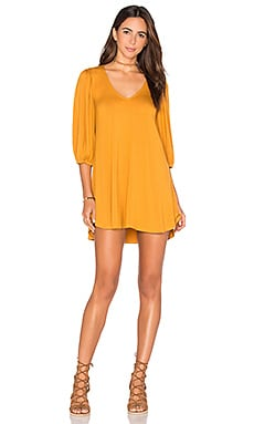 Ezra Dress en Tumeric