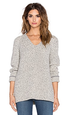 rag & bone/JEAN Karen V Neck Sweater in White & Grey