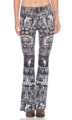 Raga Printed Flare in Black & White