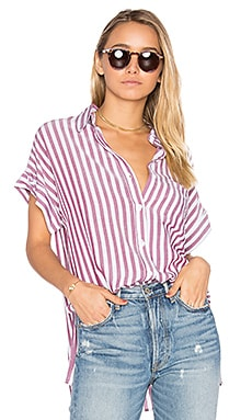 Whitney Button Up en White & Currant Stripe
