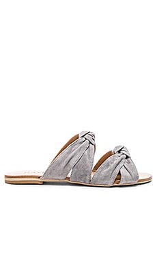 Naomi Sandal in Smoke